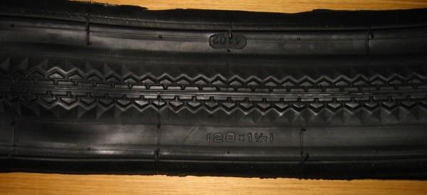 Bordure perlée pneu 28 x 1 1/2
